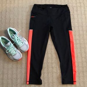 Zella workout capris with pocket